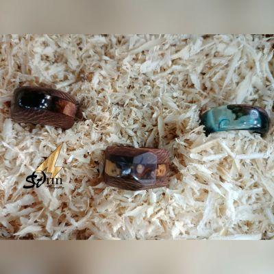 حلقه و انگشتر های تلفیقی چوب و رزین