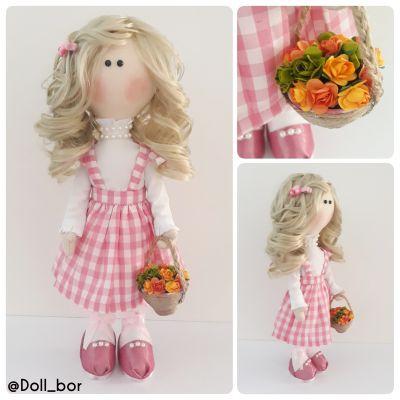 عروسک A