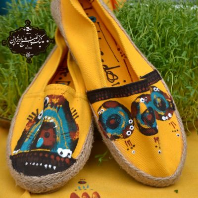 کفش  چاپ دستی  نیک طبع دیزاین