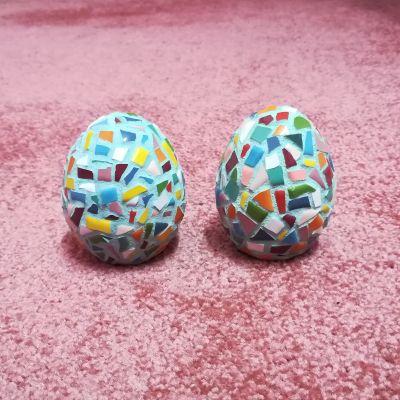 تخم مرغ سفالی کار شده با نقاشی موزاییک طرح رنگی رنگی