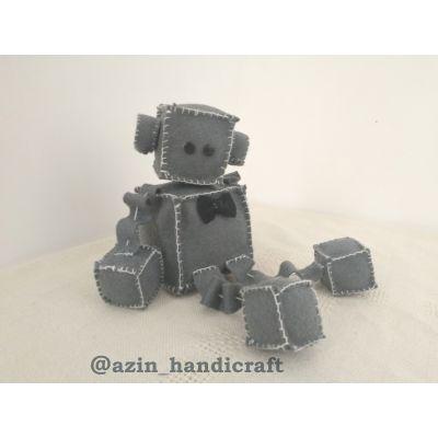 عروسک نمدی روبات