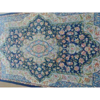 قالیچه دستباف پیچک
