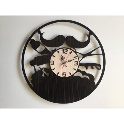 ساعت دیواری چوبی و دستساز برای آرایشگاه مردانه