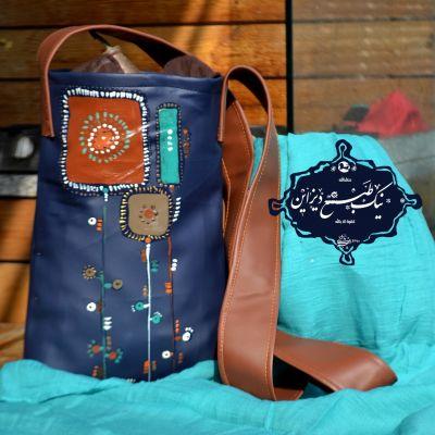 ست شال وکیف  چرمی نقاشی شده  نیک طبع دیزاین