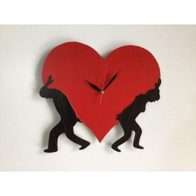 ساعت دیواری عاشقانه قلبی