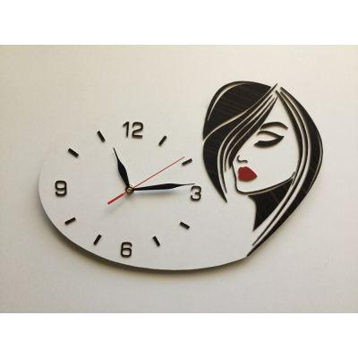 ساعت دیواری دستساز برای سالن آرایش بانوان