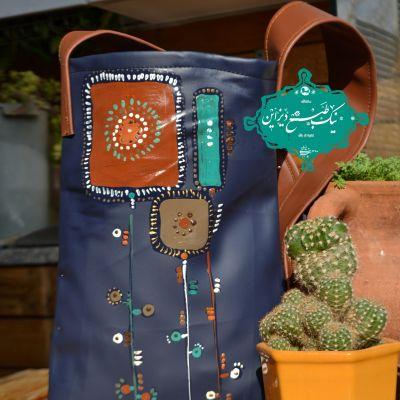 کیف و چرمی نقاشی شده  نیک طبع دیزاین