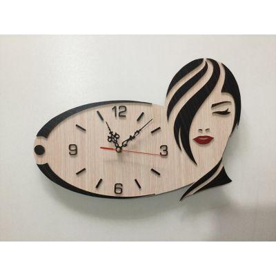 ساعت دیواری دستساز برای سالن آرایش زنانه