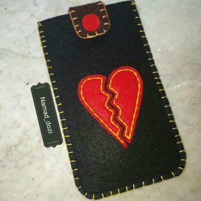 کیف موبایل نمدی دست دوز