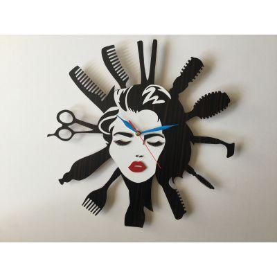 ساعت دیواری چوبی برای آرایشگاه زنانه