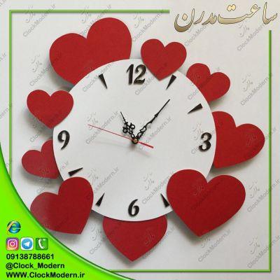 ساعت دیواری عاشقانه طرح قلبهای قرمز